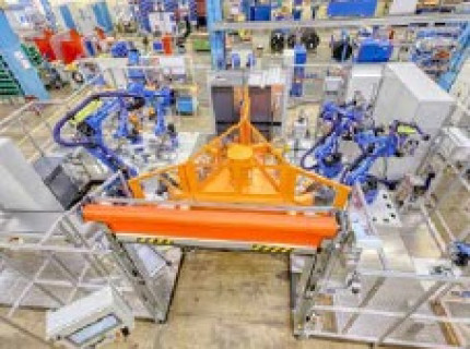 Verkürzte Nebenzeiten: Neue Automationslösung zum Punktschweißen von Abgassträngen