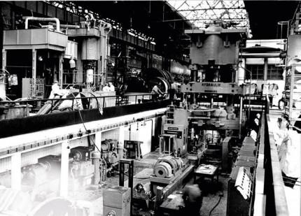 Schweißtechnik in Zeiten der Werterhaltung: Reparaturschweißen einer 9000-t-Presse aus Stahlguss