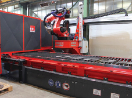 Baumaschinenausrüster modernisiert Vorfertigung: Schneller Fasen, leiser schneiden