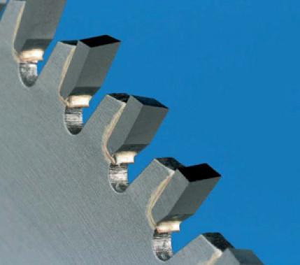 Für eine perfekte Bindung: Hartlöten von Hartmetall- Schneidwerkzeugen