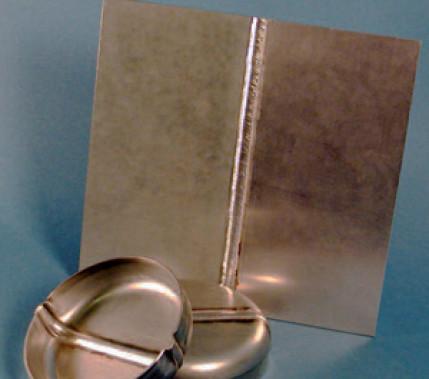 Lichtbogenfügen von Stahl mit Aluminium