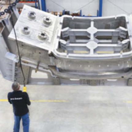 Fügen von Stahlblechen mit einer Dicke von 40 mm mithilfe des Laserstrahl-Unterpulver-Hybridschweißens in Lage-Gegenlage-Technik