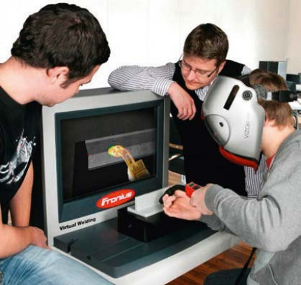 Physikalische Echtzeit-Schweißprozesssimulation für virtual-reality-unterstützte Schweißerausbildungssysteme