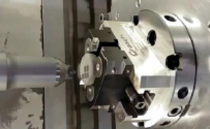 Verdichten, Glätten und Verfestigen von thermisch gespritzten Schichten mittels mechanischer Ultraschallbearbeitung